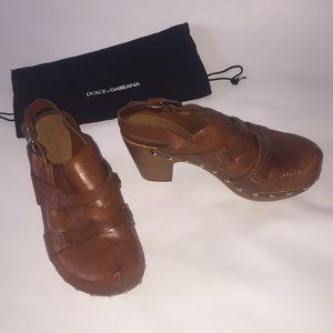 Dolce & Gabbana Tan Leather Clogs Size 35 US 5